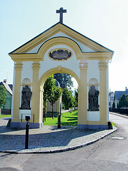 Brána pod klášterem v Králíkách