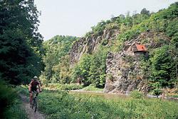 Nádherný úsek na posázavské magistrále před obcí Pikovice