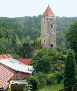 Románská věž v Nejdku