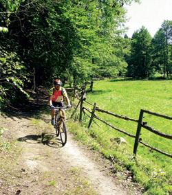 Žumberk – bikerův ráj to na pohled
